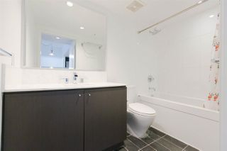 """Photo 11: 301 522 W 8TH Avenue in Vancouver: Fairview VW Condo for sale in """"CROSSROADS"""" (Vancouver West)  : MLS®# R2265344"""