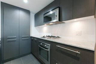 """Photo 3: 301 522 W 8TH Avenue in Vancouver: Fairview VW Condo for sale in """"CROSSROADS"""" (Vancouver West)  : MLS®# R2265344"""