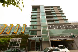 """Photo 1: 301 522 W 8TH Avenue in Vancouver: Fairview VW Condo for sale in """"CROSSROADS"""" (Vancouver West)  : MLS®# R2265344"""