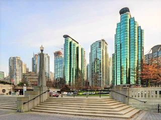"Photo 1: 1806 588 BROUGHTON Street in Vancouver: Coal Harbour Condo for sale in ""Harbourside Park"" (Vancouver West)  : MLS®# R2273882"