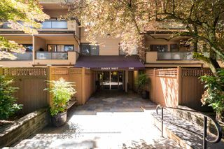 "Photo 2: 111 2190 W 7TH Avenue in Vancouver: Kitsilano Condo for sale in ""SUNSET WEST"" (Vancouver West)  : MLS®# R2278471"