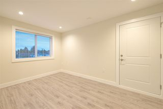Photo 14: 2158 MANNERING Avenue in Vancouver: Collingwood VE House 1/2 Duplex for sale (Vancouver East)  : MLS®# R2309901