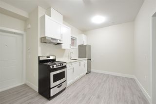 Photo 18: 2158 MANNERING Avenue in Vancouver: Collingwood VE House 1/2 Duplex for sale (Vancouver East)  : MLS®# R2309901