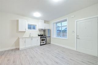 Photo 8: 2158 MANNERING Avenue in Vancouver: Collingwood VE House 1/2 Duplex for sale (Vancouver East)  : MLS®# R2309901