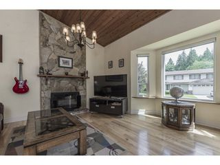 Photo 5: 21462 92B Avenue in Langley: Walnut Grove House for sale : MLS®# R2312758