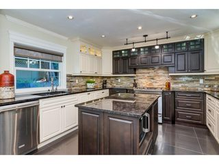 """Photo 12: 10475 WILLOW Grove in Surrey: Fraser Heights House for sale in """"GLENWOOD ESTATES"""" (North Surrey)  : MLS®# R2324163"""