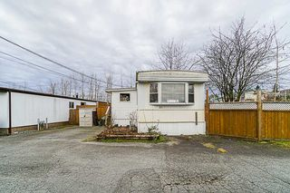 "Main Photo: 30 32380 LOUGHEED Highway in Mission: Mission BC Manufactured Home for sale in ""THE GROVE MOBILE PARK"" : MLS®# R2337148"