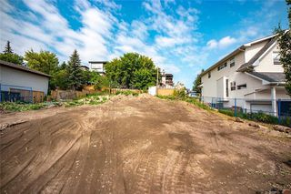 Photo 5: 1107 MAGGIE Street SE in Calgary: Ramsay Land for sale : MLS®# C4226461