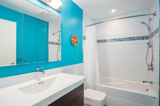 Photo 15: 296 W 16TH Avenue in Vancouver: Cambie Townhouse for sale (Vancouver West)  : MLS®# R2341672