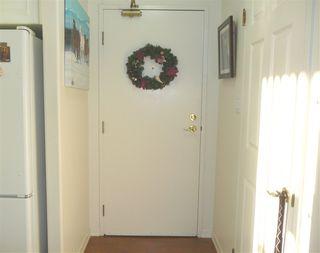 Photo 2: 1802 9903 104 Street in Edmonton: Zone 12 Condo for sale : MLS®# E4145511