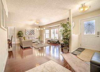 Photo 1: 6778 39 Avenue in Edmonton: Zone 29 House for sale : MLS®# E4145731