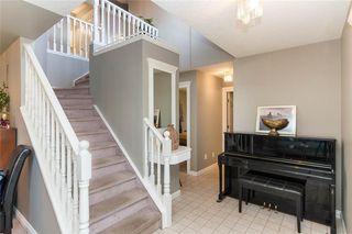 Photo 3: 201 MACEWAN PARK View NW in Calgary: MacEwan Glen Detached for sale : MLS®# C4232497