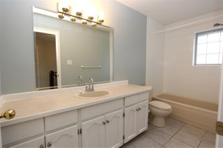 "Photo 15: 22 11580 BURNETT Street in Maple Ridge: East Central Townhouse for sale in ""Cedar Estates"" : MLS®# R2353797"