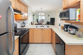"Photo 3: 210 5605 HAMPTON Place in Vancouver: University VW Condo for sale in ""PEMBERLEY"" (Vancouver West)  : MLS®# R2364341"