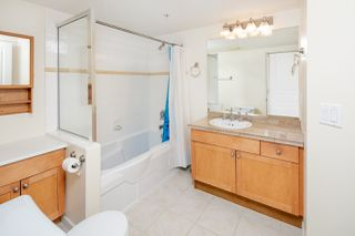 "Photo 6: 210 5605 HAMPTON Place in Vancouver: University VW Condo for sale in ""PEMBERLEY"" (Vancouver West)  : MLS®# R2364341"