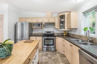 "Photo 7: 120 145 KING EDWARD Street in Coquitlam: Maillardville Manufactured Home for sale in ""MILL CREEK VILLAGE"" : MLS®# R2370266"