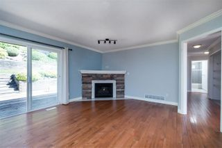 Photo 5: 36225 CASSANDRA Drive in Abbotsford: Abbotsford East House for sale : MLS®# R2370506