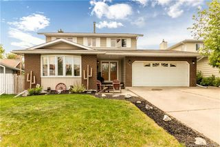Main Photo: 39 HILL Crescent in Red Deer: RR Highland Green Estates Residential for sale : MLS®# CA0168345