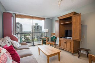 "Photo 5: 901 1146 HARWOOD Street in Vancouver: West End VW Condo for sale in ""The Lamplighter"" (Vancouver West)  : MLS®# R2376230"
