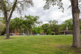 Photo 3: 834 Honeyman Avenue in Winnipeg: Wolseley Residential for sale (5B)  : MLS®# 1916246