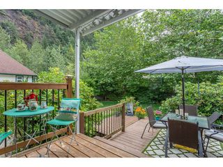 """Photo 17: 530 DRIFTWOOD Avenue: Harrison Hot Springs House for sale in """"Harrison Hot Springs"""" : MLS®# R2383473"""