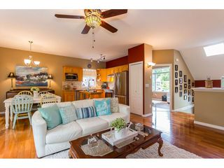"""Photo 10: 530 DRIFTWOOD Avenue: Harrison Hot Springs House for sale in """"Harrison Hot Springs"""" : MLS®# R2383473"""