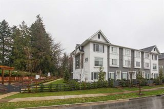 Photo 2: 94 15340 GUILDFORD Drive in Surrey: Guildford Townhouse for sale (North Surrey)  : MLS®# R2421172