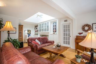 "Photo 3: 2800 GORDON Avenue in Surrey: Crescent Bch Ocean Pk. House for sale in ""CRESCENT BEACH"" (South Surrey White Rock)  : MLS®# R2434977"