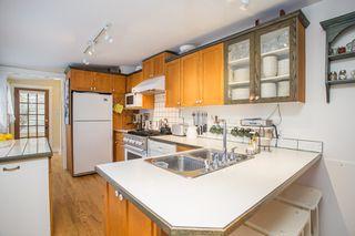 "Photo 9: 2800 GORDON Avenue in Surrey: Crescent Bch Ocean Pk. House for sale in ""CRESCENT BEACH"" (South Surrey White Rock)  : MLS®# R2434977"