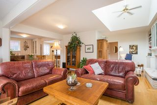 "Photo 6: 2800 GORDON Avenue in Surrey: Crescent Bch Ocean Pk. House for sale in ""CRESCENT BEACH"" (South Surrey White Rock)  : MLS®# R2434977"