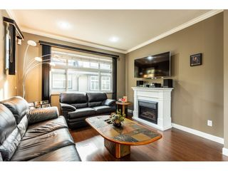 "Photo 4: 7 15192 62A Avenue in Surrey: Sullivan Station Townhouse for sale in ""ST.JAMES"" : MLS®# R2439445"