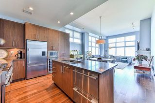 "Photo 5: 509 5055 SPRINGS Boulevard in Delta: Condo for sale in ""TSAWWASSEN SPRINGS"" (Tsawwassen)  : MLS®# R2259592"