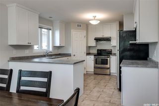Photo 5: 527 Kucey Crescent in Saskatoon: Arbor Creek Residential for sale : MLS®# SK809583