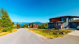 """Photo 39: 587 WOODLAND Avenue in Gibsons: Gibsons & Area House for sale in """"Vista Ridge"""" (Sunshine Coast)  : MLS®# R2484650"""