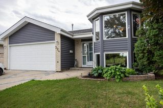 Photo 1: 324 Columbia Drive in Winnipeg: Whyte Ridge Residential for sale (1P)  : MLS®# 202023445