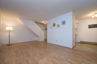 """Photo 4: 3438 COPELAND Avenue in Vancouver: Champlain Heights Townhouse for sale in """"COPELAND AVE"""" (Vancouver East)  : MLS®# R2525749"""
