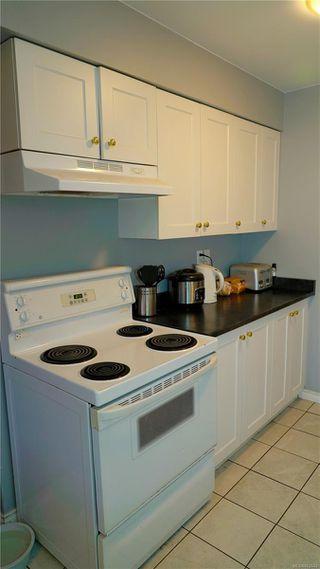 Photo 3: A 3197 Glen Lake Rd in : La Glen Lake Half Duplex for sale (Langford)  : MLS®# 862643