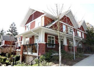 """Photo 7: 104 6878 SOUTHPOINT Drive in Burnaby: South Slope Townhouse for sale in """"CORTINA"""" (Burnaby South)  : MLS®# V878295"""