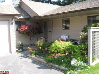 """Photo 2: 1764 LILAC Drive in Surrey: King George Corridor Townhouse for sale in """"Alderwood"""" (South Surrey White Rock)  : MLS®# F1111296"""