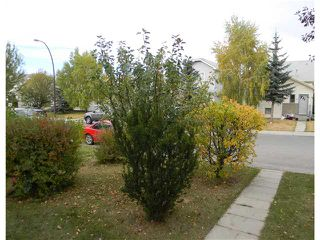 Photo 3: 5 TARADALE Close NE in CALGARY: Taradale Residential Detached Single Family for sale (Calgary)  : MLS®# C3496189