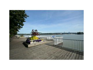 "Photo 10: 207 1135 QUAYSIDE Drive in New Westminster: Quay Condo for sale in ""ANCHOR POINTE"" : MLS®# V916905"