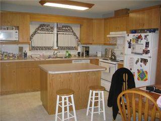 Photo 3: 938 McLeod AVE in Winnipeg: Residential for sale (Oakwood Estates)  : MLS®# 1000356