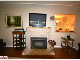 Photo 3: 31792 OLD YALE RD in ABBOTSFORD: House for rent (Abbotsford)