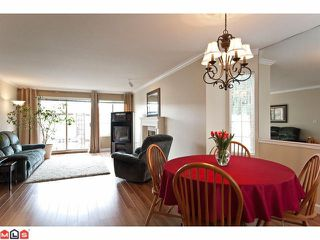 Photo 4: 24 15840 84TH Avenue in Surrey: Fleetwood Tynehead Townhouse for sale : MLS®# F1110783