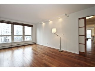 Photo 8: # 902 212 DAVIE ST in Vancouver: Yaletown Condo for sale (Vancouver West)  : MLS®# V1006089