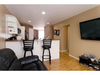 Photo 9: 315 Pandora Avenue West in WINNIPEG: Transcona Residential for sale (North East Winnipeg)  : MLS®# 1401752