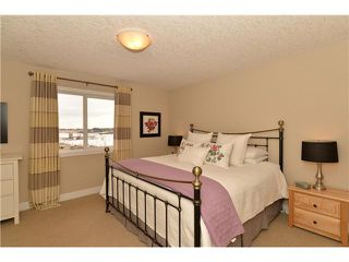 Photo 11: 1327 KINGS HEIGHTS Road SE: Airdrie Residential Detached Single Family for sale : MLS®# C3603672