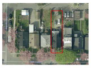 Photo 2: 1123 E 10TH Avenue in Vancouver: Mount Pleasant VE House for sale (Vancouver East)  : MLS®# V1053069