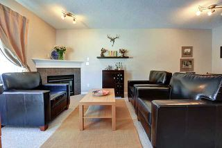 Photo 2: 126 ROYAL OAK Gardens NW in CALGARY: Royal Oak Townhouse for sale (Calgary)  : MLS®# C3607480