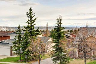Photo 2: 68 HAWKWOOD Road NW in CALGARY: Hawkwood Residential Detached Single Family for sale (Calgary)  : MLS®# C3615643
